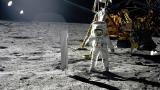 Поставување на сеизмометар на Месечината