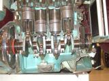 Пресек на класичен четирицилиндричен клипен мотор СВС