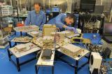 Склопувањето на сателитот NEMO-HD во таканаречена чиста соба