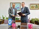 Соработка меѓу ФЕИТ и Mакедонски телеком за тестирање на 5G технологија