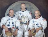Екипажот пред полетување. Од лево кон десно – Нил Армстронг, Мајкл Колинс и Едвин Баз Олдрин.