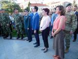 Претседателот Стево Пендаровски ја следи демонстрација на специјалните сили во боречки вештини