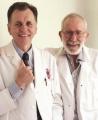 Нобеловците Бери Маршал и Робин Ворен
