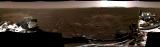 Панорамска фотографија на месноста околу роверот добиена со спојување на шест посебни фотографии испратени на 20 февруари