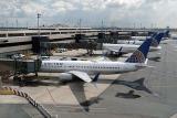 Авионот Боинг 777 на компанијата Unaited Airlines слета безбедно