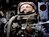 Слика 1: Џон Глен во капсулата Меркјури MR-6